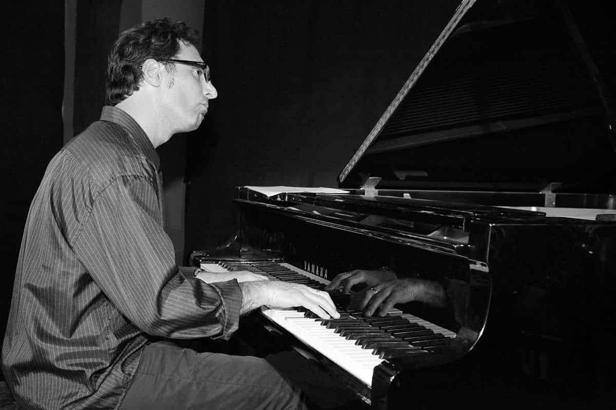 Alec Katz piano