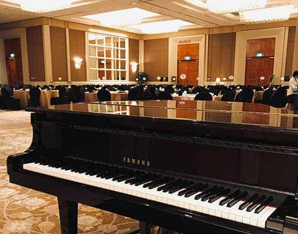 Private-event-piano
